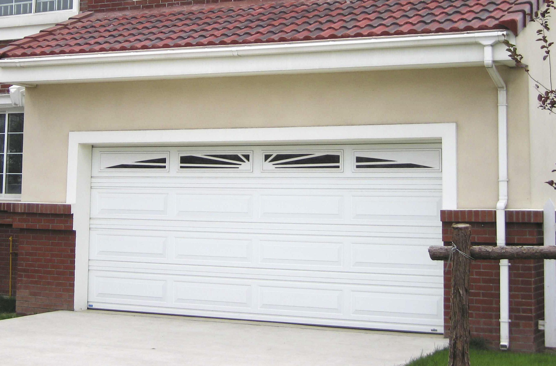 Garage americano ferrocor portones industriales y mineros for Portones para garage